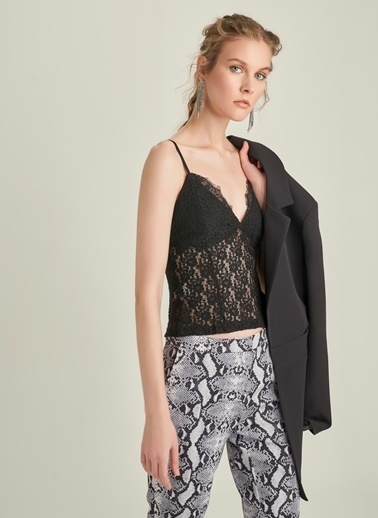 3facf0ab9ed33 Kadın Dantel Bluz Modelleri Online Satış | Morhipo